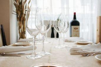 Firmenesssen: Reservieren Sie jetzt einen Tisch im Grotto Reale Zürich